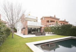 Beautiful and elegant house for sale in Mira-sol, Sant Cugat del Vallés
