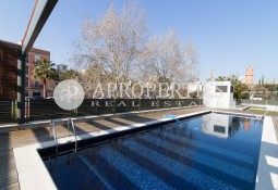 Spectacular apartment for rent in Diagonal Mar.