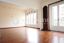 Furnished flat for rent in a magnificent building in Balmes, Barcelona