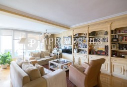 Apartment near to the Real Club de Polo, for sale