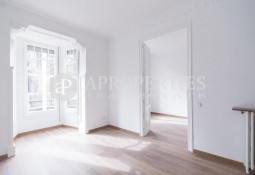 Refurbished apartment for rent in the area of Galvany, Barcelona