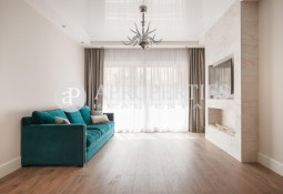 Brand new apartment for sale next to Passeig Sant Joan, Barcelona