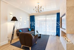 High and bright brand new apartment with incredible views of Plaza de España and Las Arenas