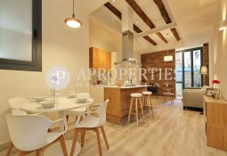Beautiful refurbished apartment with terrace in l'Eixample Esquerra, Barcelona