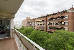 Functional apartment in Sarrià, for sale