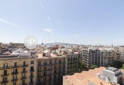 Penthouse with spectacular views in Avenida Diagonal