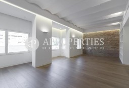 Spectacular renewed apartment, for sale in Passeig de Gracia, Barcelona