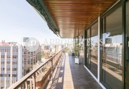 Wonderful and sunny exterior flat for rent