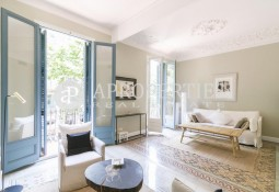 Beautiful furnished apartment in Eixample, Barcelona