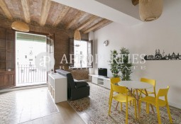 Lovely furnished apartment for rent next to Rambla del Raval, Barcelona