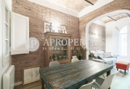 Furnished flat in Eixample Esquerra, for rent