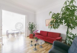Family flat for rent in Sant Gervasi