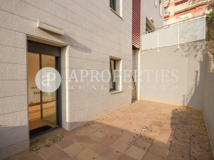Brand new duplex for sale close to Parc Güell