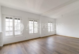 Bright renovated apartment for rent