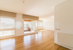 Exclusive apartment for sale in the best area of ​​Pedralbes