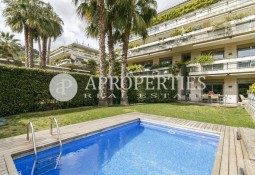 Luxurious duplex with pool in Torre Vilana