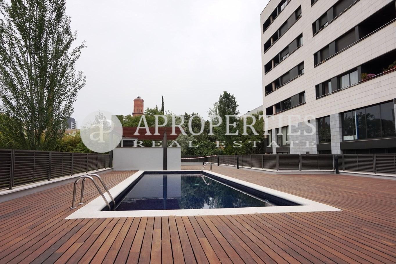 Piso moderno con piscina y terraza junto al mar en alquiler - Pisos con piscina en barcelona alquiler ...