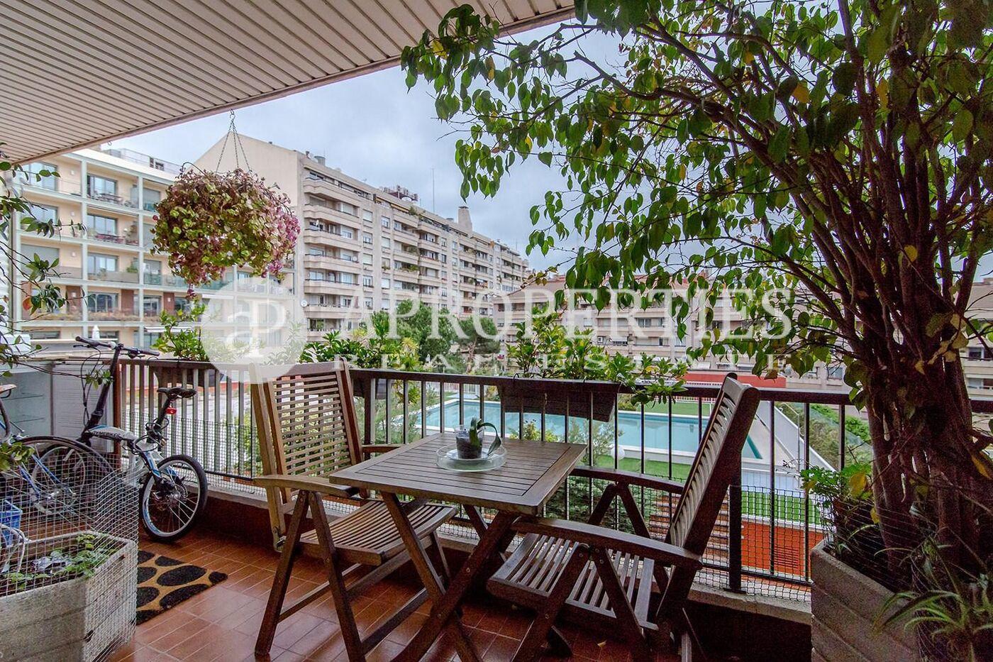 Estupendo piso en plaza bonanova con piscina en alquiler - Pisos con piscina en barcelona alquiler ...