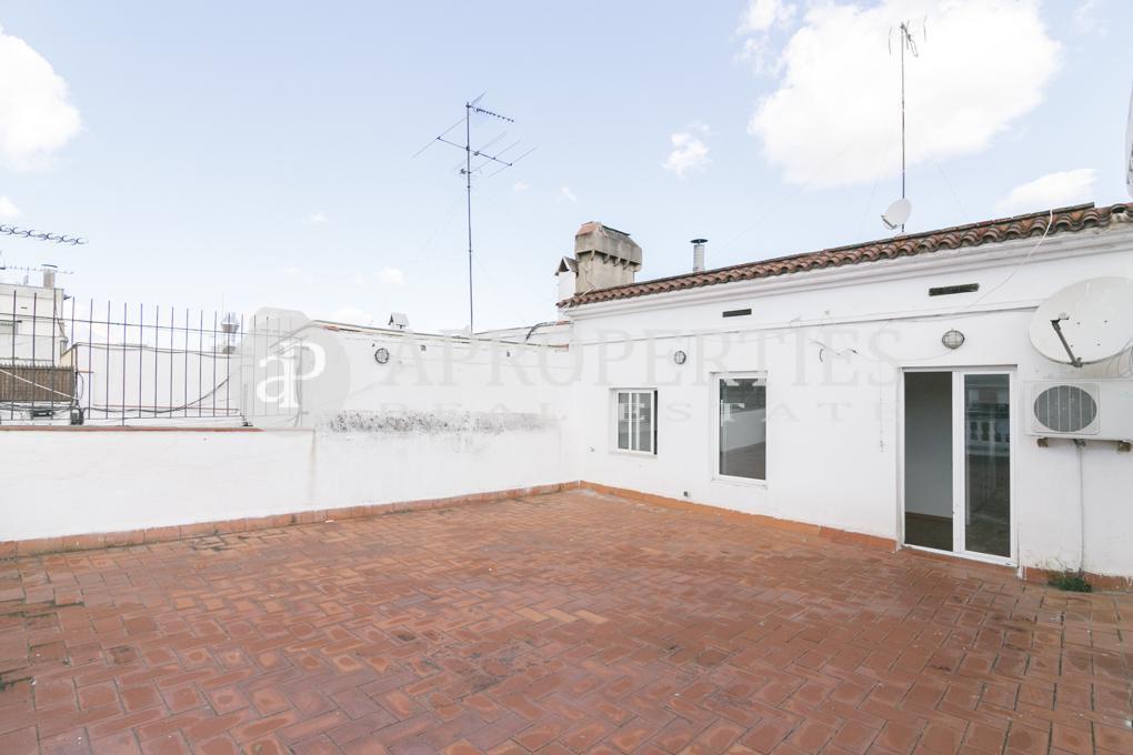 Tico a reformar en el eixample barcelona - Reformar terraza atico ...