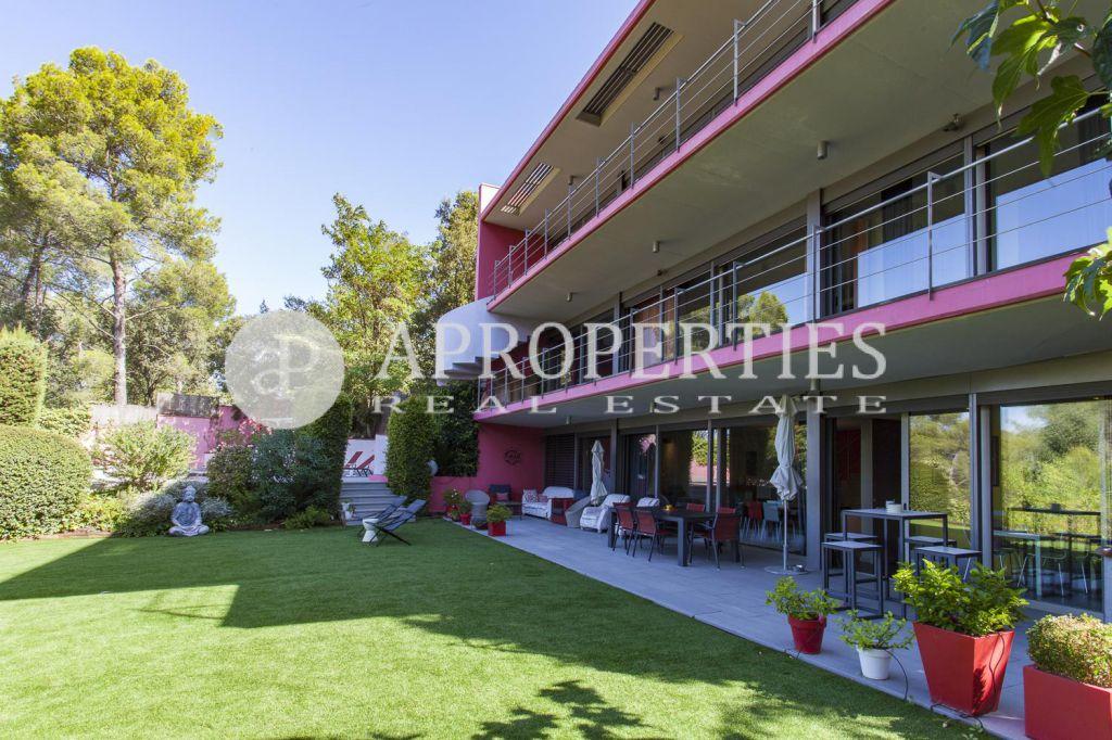 Casa con piscina en valldoreix - Residencia jardins de valldoreix ...