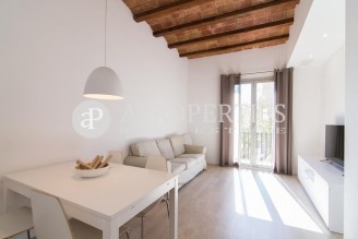 Fantastic apartment completely furnished and equipped in the Eixample Dreta, Barcelona