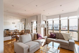 Excellent flat with views for rent in Les Corts (Barcelona)
